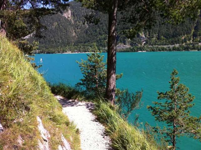 Wanderweg am Achensee