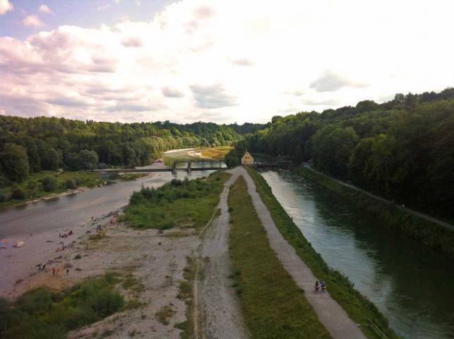 Isar München in Grosshesselohe