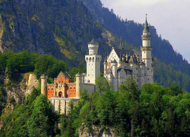 Das Märchenschloss in seiner vollen Schönheit