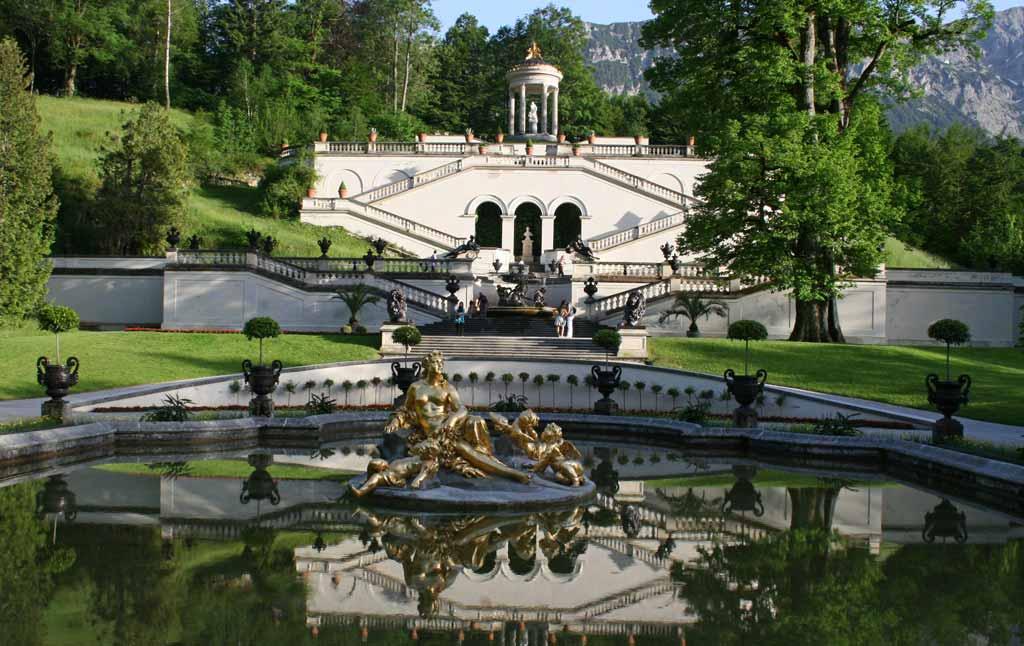 Schloss und Schlosspark Linderhof