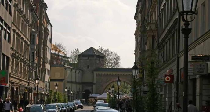 Blick stadtauswärts vom Sendlinger Tor