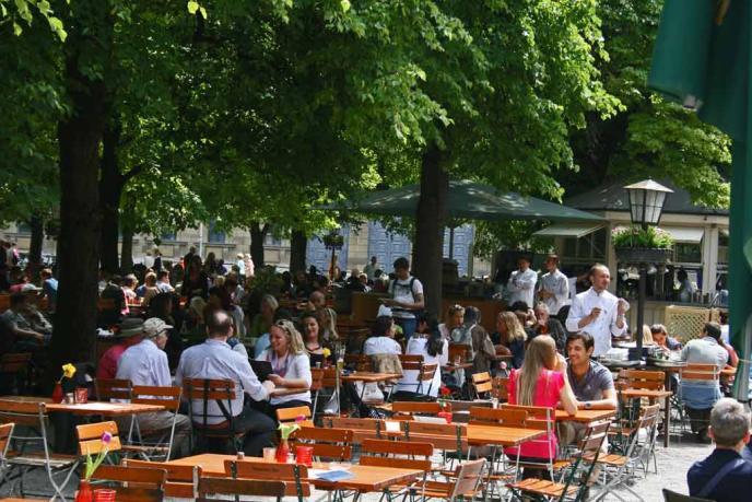 Cafe Tambosi im Hofgarten