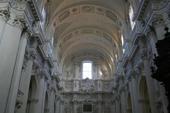 Deckengewölbe der Kirche