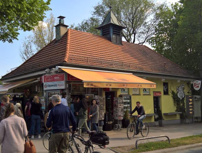 Kiosk Reichenbachbrücke Isar München